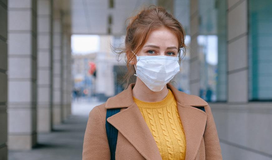 Woman wearing mask - corona virus - Emergency Locksmith 020 4577 0113